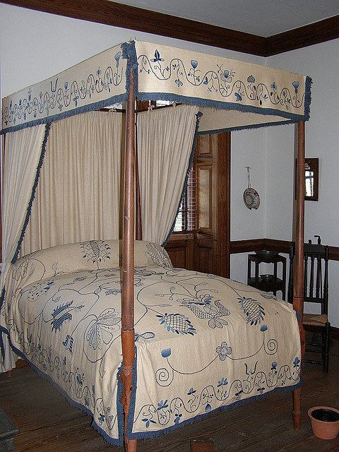 Early American Four Poster Bed