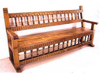 Beautiful Colonial Style Bench